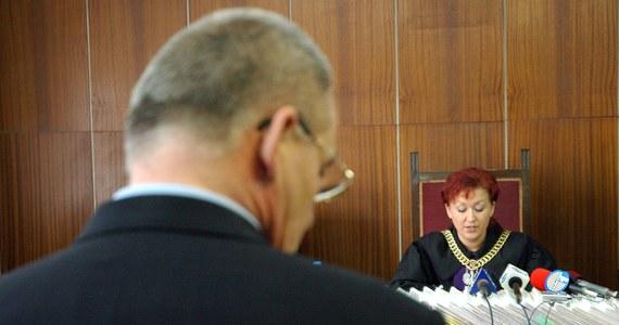 Były senator Aleksander G. został zatrzymany na zlecenie Prokuratury Apelacyjnej w Krakowie. Ma to związek ze śledztwem w sprawie zabójstwa Jarosława Ziętary. Prokuratura chce postawić mu zarzut podżegania do zabójstwa. To on miał zlecić porwanie, a następnie zabójstwo poznańskiego dziennikarza. Grozi mu nawet dożywocie.