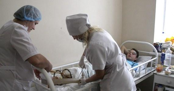 To separatyści ostrzelali boisko szkolne w Doniecku na wschodniej Ukrainie - wynika z wypowiedzi rzecznika MSZ Ukrainy Jewhena Perebyjnisa. To tam wczoraj wybuch pocisku artyleryjskiego zabił dwóch chłopców i ranił kilku ich kolegów.