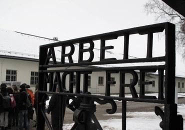Kto ukradł bramę z Dachau? Policja daje 3 tys. euro nagrody
