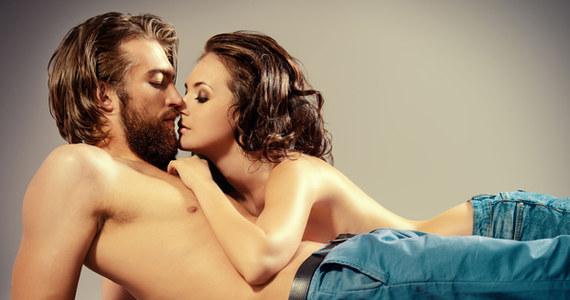 seks przed mamą białe dziewczyny uwielbiają duże czarne kutasy