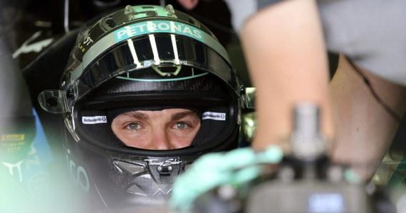 Nico Rosberg z temu Mercedes GP wygrał kwalifikacje do wyścigu o Grand Prix Brazylii i wystartuje w niedzielę z pierwszego miejsca. To dziesiąte pole position Niemca w tym sezonie.