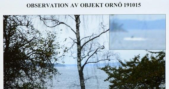 Szwedzkie wojsko ujawniło zdjęcie podłużnego śladu na dnie morskim, świadczące o obecności w październiku obcego małego okrętu podwodnego w archipelagu sztokholmskim.