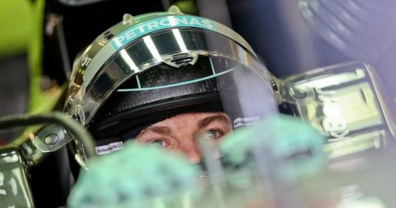 Niemiec Nico Rosberg wygrał ostatni trening przed Grand Prix Abu Zabi, wyścigiem kończącym sezon 2014 Formuły 1. Wyprzedził najlepszego w dwóch piątkowych sesjach kolegę z teamu Mercedes GP i lidera cyklu Brytyjczyka Lewisa Hamiltona.