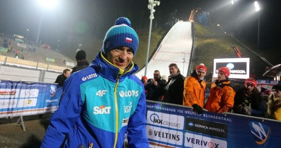 Siedmiu Polaków może dziś wystąpić w indywidualnym konkursie skoków w Klingenthal. Wciąż nie wiadomo, czy na skoczni pojawi się Kamil Stoch, który zmaga się z urazem stawu skokowego.