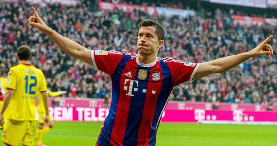 Napastnik Bayernu Monachium Robert Lewandowski został nominowany do drużyny roku UEFA. Kapitan polskiej reprezentacji znalazł się na liście obok takich gwiazd jak Gareth Bale, Cristiano Ronaldo, Zlatan Ibrahimovic, Lionel Messi i Neymar.