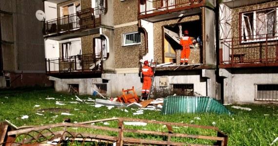Prokuratura wydała postanowienie o przedstawieniu zarzutu mężczyźnie, w którego mieszkaniu w Bytomiu ostatniej nocy doszło do wybuchu gazu. Według śledczych do eksplozji doszło najprawdopodobniej na skutek celowego działania. W wybuchu poszkodowanych zostało 10 osób.