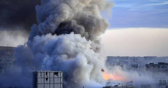 Kilkudziesięciu francuskich terrorystów z Państwa Islamskiego negocjuje z władzami w Paryżu swój powrót do Francji - ujawniają nadsekwańskie media. Francuscy dżihadyści skarżą się, że są źle traktowani przez swoich szefów.