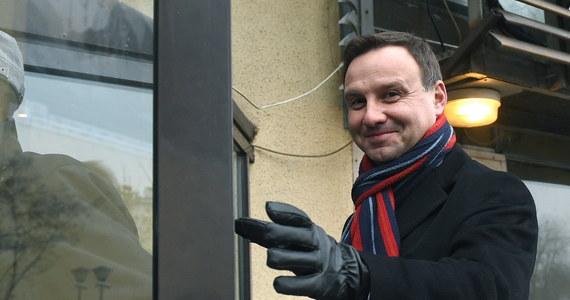 Kandydat PiS na prezydenta Andrzej Duda jest uosobieniem nadziei na zmiany - powiedział szef partii Jarosław Kaczyński po tym, gdy Rada Polityczna PiS zatwierdziła kandydaturę Dudy. On sam także wierzy, że uda mu się przekonać Polaków, że Polska potrzebuje właśnie takiej zmiany.