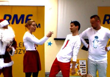 Panna Goździkówna, Sól-Ból Jerzy i Chili Nożownik śpiewają maluchom z Centrum Zdrowia Dziecka