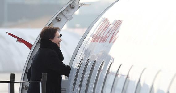 Z powodu dużej mgły na lotnisku w Warszawie, samolot z Ewą Kopacz wylądował we wtorek wieczorem Krakowie. Premier wracała z Bratysławy, gdzie uczestniczyła w spotkaniu Grupy Wyszehradzkiej.