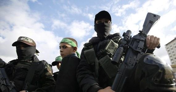 Palestyńska radykalna organizacja Hamas została usunięta przez Sąd UE w Luksemburgu z unijnej listy organizacji terrorystycznych. Utrzymano jednak zamrożenie aktywów Hamasu w Unii Europejskiej.