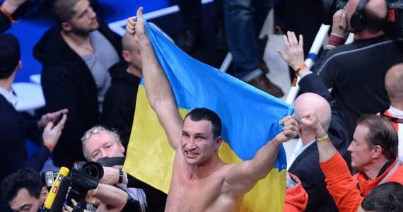 Ukraiński bokser Władimir Kliczko po siedmiu latach wróci na ring w Stanach Zjednoczonych. 25 kwietnia w Nowym Jorku będzie bronić mistrzowskiego tytułu. Na razie nie wiadomo, kto będzie jego rywalem.