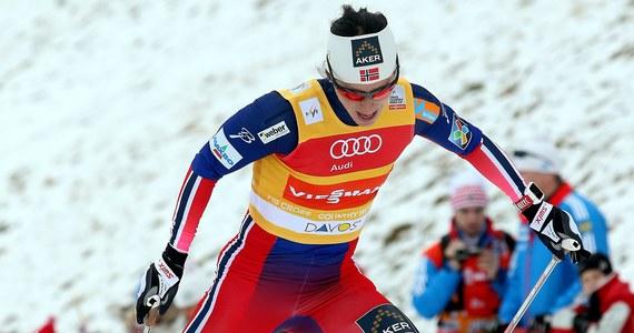 Norweżka Marit Bjoergen wygrała bieg na 10 km techniką dowolną narciarskiego Pucharu Świata w Davos. To jej 69. zwycięstwo w karierze w zawodach tej rangi. O 19,9 s wyprzedziła Niemkę Nicole Fessel. Justyna Kowalczyk w Szwajcarii nie startowała.
