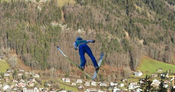 Jan Ziobro zajął 20. miejsce w konkursie Pucharu Świata w skokach narciarskich w szwajcarskim Engelbergu. Zwyciężył Niemiec Richard Freitag.