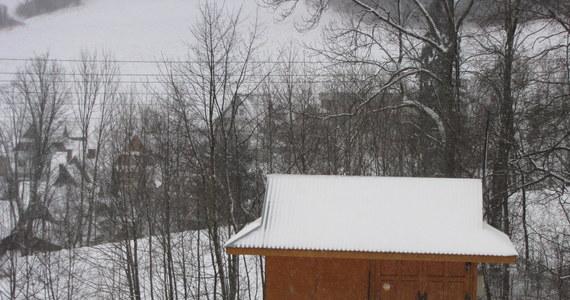 Zima przypomniała sobie o południu Polski. W nocy w Zakopanem spadło prawie 10 centymetrów śniegu.