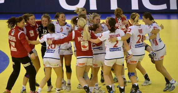 Norwegia po raz szósty zdobyła złoty medal mistrzostw Europy piłkarek ręcznych. W finale w Budapeszcie pokonała Hiszpanię 28:25. Wcześniej brązowy medal wywalczyły Szwedki, które w spotkaniu o trzecie miejsce wygrały z broniącą tytułu ekipą Czarnogóry 25:23. Polki zakończyły turniej na jedenastej pozycji.