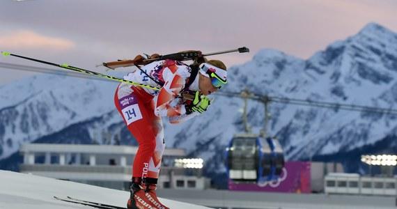 Przed naszymi biathlonistkami wreszcie kilka dni odpoczynku. Kolejne zawody Pucharu Świata odbędą się dopiero po Nowym Roku. Na razie jednak Polki nie mają powodów do wielkiego zadowolenia. Nieźle spisuje się jedynie Weronika Nowakowska-Ziemniak. Z szefem wyszkolenia Polskiego Związku Biathlonu, Adamem Kołodziejczykiem o formie biało-czerwonych rozmawiał Patryk Serwański.