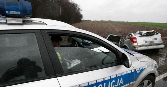 Święta Bożego Narodzenia za nami. Podczas trzech dni na drogach doszło do 229 wypadków, w których zginęło 30 osób, a 301 zostało rannych. Policjanci zatrzymali 584 nietrzeźwych kierujących.