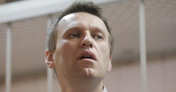 Znany rosyjski bloger i opozycjonista Aleksiej Nawalny został aresztowany przez policję. Mężczyzna złamał warunki aresztu domowego, aby przyłączyć się do demonstracji w Moskwie.
