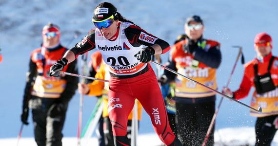 Sylwia Jaśkowiec z 25. czasem, a Justyna Kowalczyk z 30. awansowały w szwajcarskim Val Muestair do ćwierćfinału sprintu techniką dowolną, który jest trzecim etapem narciarskiego cyklu Tour de Ski. W eliminacjach najszybsza była Norweżka Marit Bjoergen.