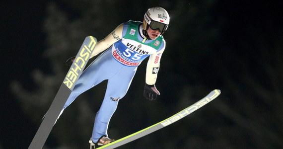 W zawodach Pucharu Świata w skokach narciarskich w Bad Mitterndorf Polskę reprezentować będą tylko Piotr Żyła i Aleksander Zniszczoł. Reszta biało-czerwonej ekipy z Kamilem Stochem na czele ma w tym czasie trenować w Szczyrku.