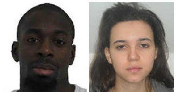 W kryjówce pod Paryżem znaleziono arsenał broni, należący do Amedy'ego Coulibaly'ego - jednego ze sprawców serii zamachów terrorystycznych we Francji. Policja ustaliła też, że dokonał on jeszcze jednego ataku. Cztery dni temu ciężko postrzelił mężczyznę uprawiającego jogging pod Paryżem.