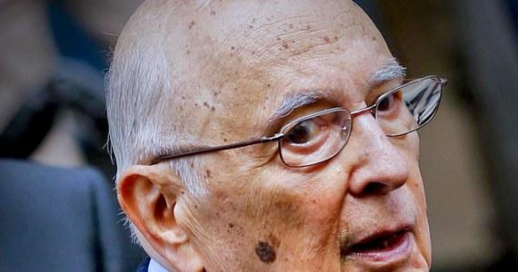 Prezydent Włoch Giorgio Napolitano zrezygnował ze stanowiska. O swej zapowiadanej wcześniej dymisji 89-letni szef państwa powiadomił w liście do obu izb parlamentu - Senatu i Izby Deputowanych oraz rządu Matteo Renziego.