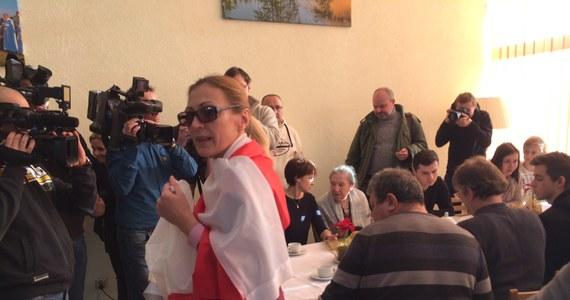 """""""Tu jest wspaniale, cicho, nie ma bomb"""" - mówią uchodźcy z Donbasu, którzy od wtorku aklimatyzują się na Warmii i Mazurach. Blisko 200 osób pochodzenia polskiego ewakuowanych z ogarniętej wojną wschodniej Ukrainy trafiło do dwóch ośrodków wypoczynkowych położonych nad jeziorem Łańskim w Warmińsko-Mazurskiem."""