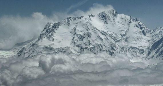 Tomasz Mackiewicz, który piąty sezon z rzędu zamierza wejść na niezdobytą zimą Nangę Parbat (8126 m), nie podjął próby ataku szczytowego. Lider wyprawy Włoch Daniele Nardi uznał jego działania wraz z Francuzką Elizabeth Revol za niezgodne z ustaleniami.
