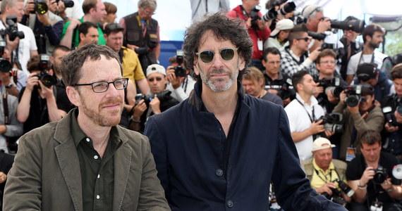 Amerykański duet reżyserów, bracia Ethan i Joel Coen, pokieruje pracami jury tegorocznej edycji Międzynarodowego Festiwalu Filmowego w Cannes. Po raz pierwszy canneńskie jury będzie miało jednocześnie dwóch przewodniczących.