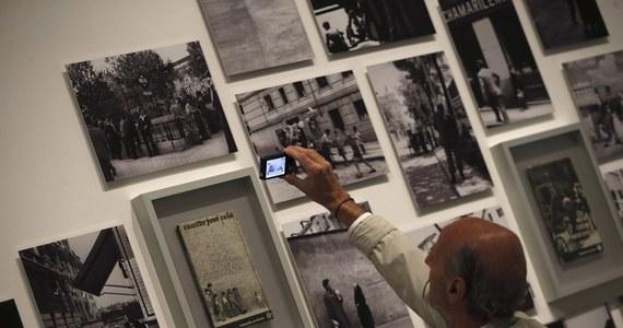 """Rośnie zainteresowanie książkami fotograficznymi, a polskie fotobooki są w światowej czołówce - pisze """"Rzeczpospolita""""."""