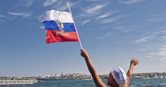 """Członek Rady Federacji reprezentujący Krym w wyższej izbie rosyjskiego parlamentu oświadczył, że Krymowi może zostać przywrócona starożytna nazwa """"Tauryda"""". Już wcześniej sugerował to lider rosyjskich nacjonalistów Władimir Żyrinowski. Rosjanie weszli na ukraiński Krym w marcu zeszłego roku."""