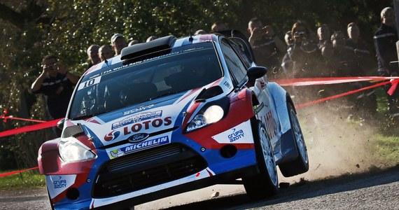 Dziewięciokrotny mistrz świata Francuz Sebastien Loeb po 15-miesięcznej przerwie powrócił na trasy WRC i zanotował najlepszy czas na odcinku testowym słynnego Rajdu Monte Carlo. Robert Kubica miał piąty rezultat.