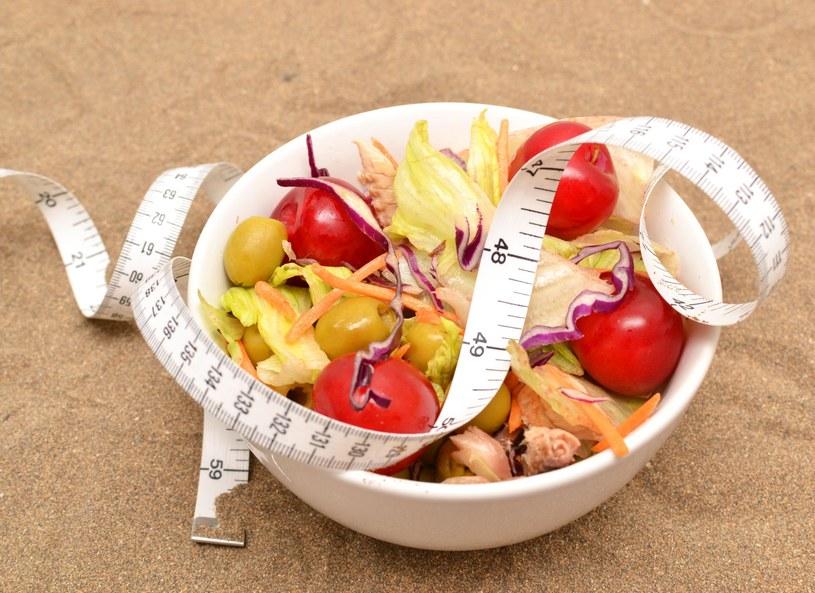 Naukowcy prognozują, że dieta zależna od genotypu będzie przełomem w profilaktyce i leczeniu zaburzeń, takich jak otyłość, miażdżyca, osteoporoza, cukrzyca typu 2, niektóre odmiany nowotworów czy choroby serca. Okazuje się bowiem, że zapotrzebowanie na składniki odżywcze zależy od uwarunkowań genetycznych i może znacznie odbiegać od norm ustalonych dla całej populacji. Znajomość tych różnić umożliwia dostosowanie jadłospisu do indywidualnych predyspozycji metabolicznych.