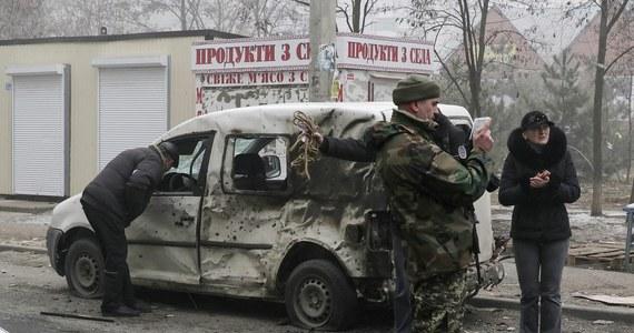 Ostrzału Mariupola na południowym wschodzie Ukrainy dokonano z obszarów kontrolowanych przez prorosyjskich separatystów - oświadczyła Organizacja Bezpieczeństwa i Współpracy w Europie (OBWE). Zginęło co najmniej 30 osób, a blisko 100 zostało rannych.