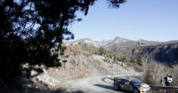 W ostatnim dniu Rajdu Monte Carlo Robert Kubica i jego pilot Maciej Szczepaniak mieli poważny problem z hamulcami. Polak ukończył co prawda przedostatni odcinek rajdu, ale zaraz za metą, z powodu awarii samochodu, wypadł z trasy.