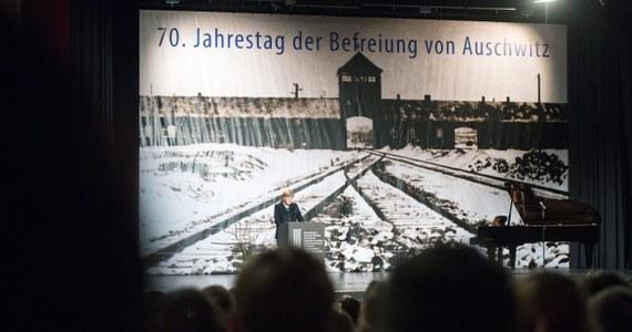 """Wtorkowy """"Dziennik Polski"""" pisze o byłym więźniu Auschwitz, który pozwał niemiecką telewizję ZDF za nazwanie Auschwitz i Majdanka """"polskimi obozami zagłady"""". Proces w tej sprawie ruszy 3 lutego w krakowskim Sądzie Okręgowym."""