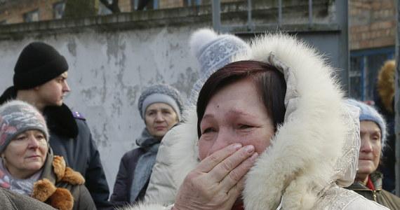 Mieszkanka Wiaźmy w obwodzie smoleńskim w Rosji Swietłana Dawydowa zatelefonowała w kwietniu 2014 roku do ambasady ukraińskiej. Poinformowała, że jednostka wojskowa stacjonująca w sąsiedztwie zniknęła, więc być może udała się na Ukrainę. 21 stycznia kobietę aresztowano pod zarzutem zdrady państwa.