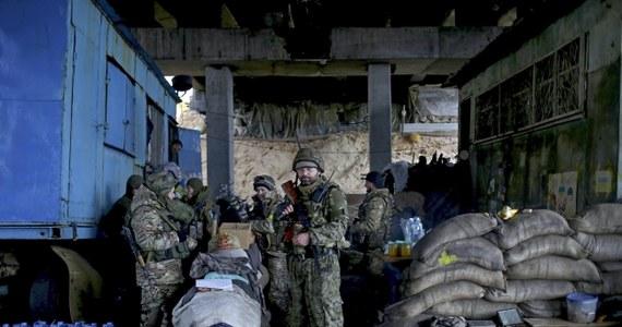 Trójstronna grupa kontaktowa ws. rozwiązania kryzysu na Ukrainie (OBWE, Ukraina, Rosja) zaapelowała do wszystkich stron o niezwłoczną realizację porozumień zawartych w Mińsku we wrześniu ubiegłego roku.