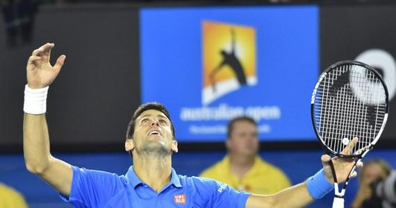 """Rozstawiony z """"jedynką"""" Novak Djokovic pokonał Brytyjczyka Andy'ego Murraya 7:6 (7-5), 6:7 (4-7), 6:3, 6:0 w finale Australian Open. Serb jako pierwszy tenisista w liczonej od 1968 roku Open Erze, po raz piąty wygrał wielkoszlemową imprezę w Melbourne."""