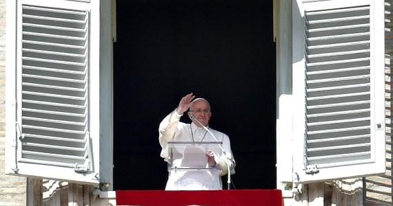 Papież Franciszek ogłosił, że 6 czerwca odwiedzi Sarajewo. Ma nadzieję, że jego wizyta przyczyni się do umocnienia braterstwa i pokoju, przyjaźni i dialogu międzyreligijnego w Bośni i Hercegowinie.