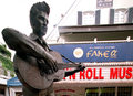 Elvis na postumencie