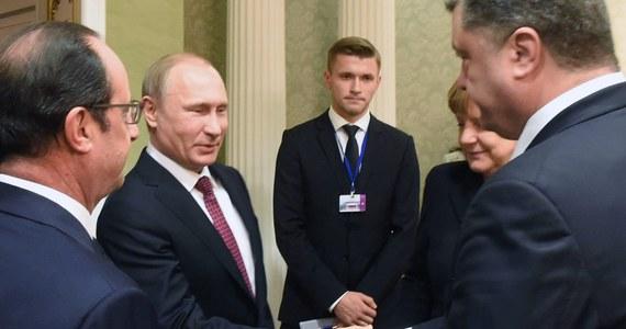 Przywódcy Niemiec, Francji, Ukrainy i Rosji mają podpisać w stolicy Białorusi wspólną deklarację ws. Ukrainy. W dokumencie chcą zwrócić uwagę na konieczność realizacji wrześniowych porozumień z Mińska. To efekt środowego spotkania w stolicy Białorusi. Według źródła w delegacji ukraińskiej, cytowanego przez agencję Reutera, deklaracja ma opowiadać się za integralnością terytorialną i suwerennością Ukrainy.