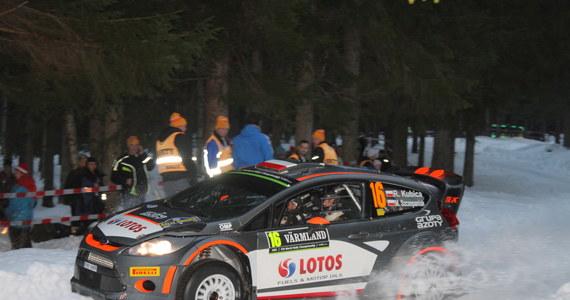 Robert Kubica (Ford Fiesta WRC) uzyskał ósmy czas na trasie wieczornego superoesu na torze wyścigów kłusaków Faerjestadstravet w Karlstad, inaugurującego 63. Rajd Szwecji, drugą rundę samochodowych mistrzostw świata. Najszybszy okazał się Szwed Pontus Tidemand.