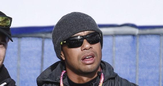 """Amerykański golfista Tiger Woods, który spadł niedawno na 62. miejsce światowego rankingu, zapowiedział, że nie będzie występował w żadnych zawodach, dopóki nie odzyska najwyższej formy. """"To, jak gram teraz, jest nie do zaakceptowania"""" - przyznał."""