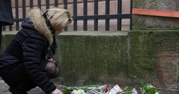 To taksówkarz naprowadził policję na trop zamachowca z Kopenhagi -  informują tamtejsze media. Zastrzelony przez policję dziś rano terrorysta, wczoraj zabił w duńskiej stolicy dwie osoby i ranił pięciu policjantów.