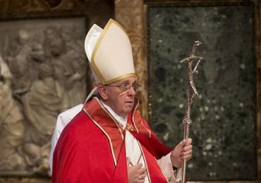 Papież wystawia na sprzedaż swoje prezenty
