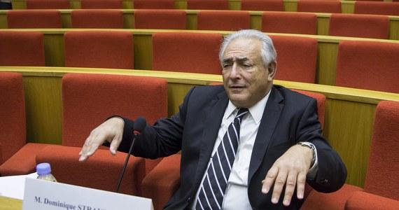 Były szef Międzynarodowego Funduszu Walutowego – Dominique Strauss-Kahn – prawdopodobnie uniknie kary w kolejnej głośnej seksaferze! Francuska prokuratura wniosła o uniewinnienie byłego polityka w procesie wytoczonym mu za domniemany udział w siatce stręczycieli, która organizowała orgie z udziałem prostytutek.