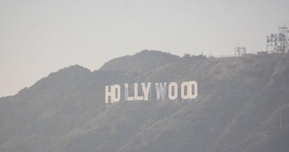W Hollywood trwają przygotowania do gali wręczenia najważniejszych filmowych nagród. Do Los Angeles zjeżdżają turyści z całego świata, którzy liczą na to, że zobaczą gwiazdy światowego kina.