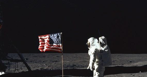 """Słynne słowa Johna Swigerta """"Houston, mamy problem"""" jako dzwonek telefonu? Taką opcję udostępniła amerykańska agencja kosmiczna NASA. Na stronie znajdują się również dziesiątki innych nagrań z misji kosmicznych."""
